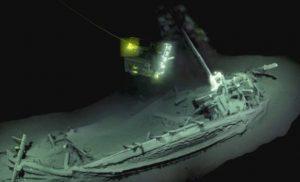 Μοναδικό εύρημα: Αρχαιοελληνικό πλοίο 2.400 χρόνων ανακαλύφθηκε στη Μαύρη Θάλασσα [εικόνες & βίντεο]