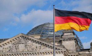 Το Βερολίνο «στήνει στον τοίχο» την Αθήνα για τους πρόσφυγες στη Μόρια