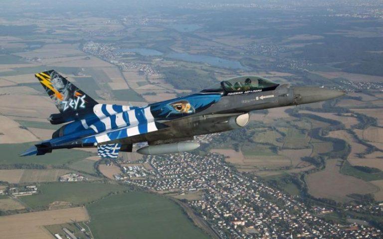 Αυτός είναι ο πιλότος της Ομάδας Ζευς που θα «σκίσει» τον ουρανό της Θεσσαλονίκης ανήμερα της 28ης Οκτωβρίου – Δείτε ΦΩΤΟ!