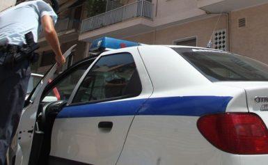 Επίθεση σε περιπολικό στο κέντρο της Αθήνας