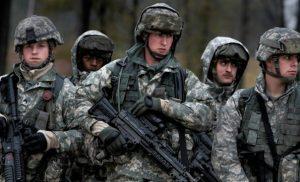 Στα σύνορα των ΗΠΑ το καραβάνι, έτοιμος ο στρατός