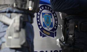 Μεθυσμένος Αλβανός πλάκωσε στο ξύλο αστυνομικούς στον Βόλο