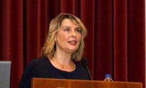 Γιούχαραν την Κατερίνα Παπακώστα στην Αριδαία (βίντεο)