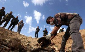 Ιράκ: Σχεδόν 12.000 νεκρούς και 200 ομαδικούς τάφους άφησε πίσω του τo «Ισλαμικό Κράτος»