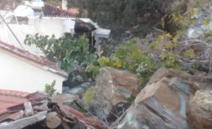 Eκκενώνεται τμήμα του οικισμού του Πλωμαρίου Λέσβου μετά την κατολίσθηση
