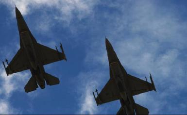 Νέες τουρκικές παραβιάσεις και εικονική αερομαχία στο Αιγαίο