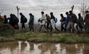 Τούρκος υπουργός Εσωτερικών 100.000 πρόσφυγες θα εγκαταλείψουν την Κωνσταντινούπολη