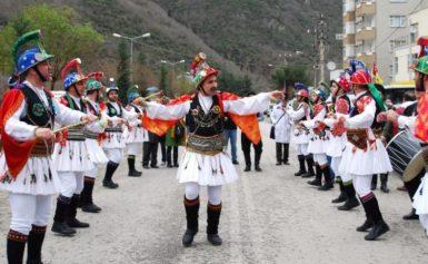 Χριστουγεννιάτικα έθιμα σε Κοζάνη και Καστοριά..