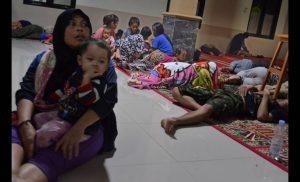 Ινδονησία – τσουνάμι: Ανεβαίνει ο αριθμός των νεκρών – Εικόνες αποκάλυψης