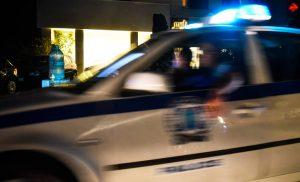 Μυστήριο στα Σεπόλια: Άνδρας βρέθηκε μαχαιρωμένος στην άκρη του δρόμου