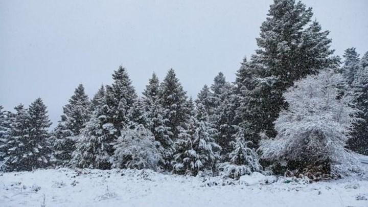 Ραγδαία επιδείνωση του καιρού: Χιόνια και καταιγίδες θα σαρώσουν τη χώρα