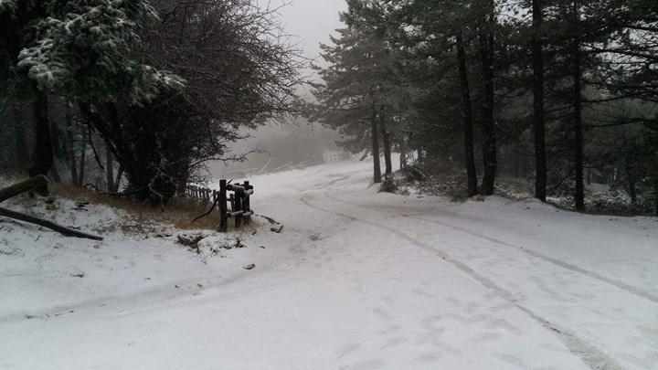Ραγδαία επιδείνωση του καιρού τα Χριστούγεννα με χιόνια ακόμη και στην Αττική – Η πρόγνωση του Τάσου Αρνιακού – ΒΙΝΤΕΟ