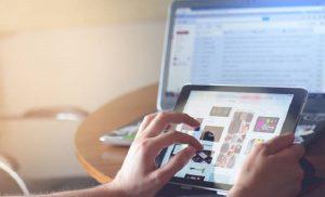 Έχεις «αργό» Ίντερνετ; Δείτε ΕΔΩ πώς θα πάρεις αποζημίωση!