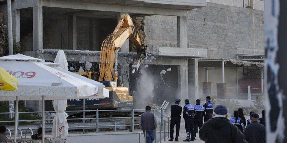 Ακυρώθηκαν οι κατεδαφίσεις σπιτιών ομογενών στη Χειμάρρα