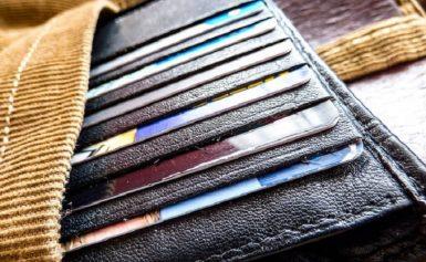 Ανατροπή: Τι αλλάζει στις αγορές με κάρτες