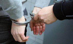 Συλλήψεις νεαρών για κλοπές σε Σέρρες και Θεσσαλονίκη (pic)