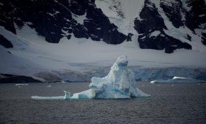Κλιματική Αλλαγή: Σπέρνει τον τρόμο στους ωκεανούς – Λιώνει η Ανταρκτική!