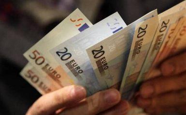 Στα 780 εκατ. ευρώ οι εκκρεμείς επιστροφές φόρων
