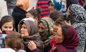 Προσφυγική κρίση: Ποιος Έλληνας πολιτικός χαρακτήρισε «Νέα Λέσβος» τη Σάμο μιλώντας στο Guardian