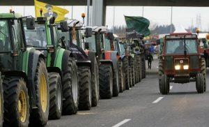 Μπλόκα: Ποιους δρόμους κλείνουν οι αγρότες – «Έμφραγμα» στα Τέμπη