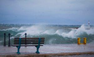 Καιρός: Οδηγίες από την Πολιτική Προστασία για τους θυελλώδεις ανέμους
