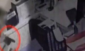 Βίντεο-ντοκουμέντο από την ένοπλη ληστεία με πυροβολισμό στη Νέα Ιωνία