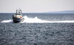 Συναγερμός στο Λιμενικό: Κλίση από εισροή υδάτων στο παροπλισμένο πλοίο «Πηνελόπη Α»