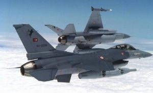 Στο «κόκκινο» η τουρκική προκλητικότητα: 56 παραβιάσεις από 15 αεροσκάφη στο Αιγαίο