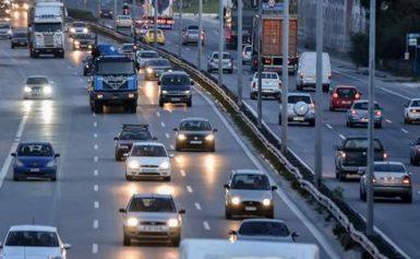 ΤΩΡΑ: Χαμός στις εθνικές οδούς – Επιστρέφουν οι εκδρομείς του τριημέρου