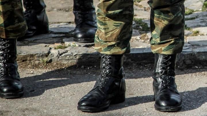 Στη Βουλή το νομοσχέδιο του υπ. Εθνικής Άμυνας: Ποιους αφορά η μείωση της στρατιωτικής θητείας – Τι αλλάζει για ανυπότακτους και αντιρρησίες συνείδησης
