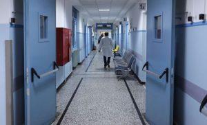 Προφυλακίστηκε ο γιατρός που κατηγορείται για ασέλγεια σε βάρος ανήλικης στη Θήβα
