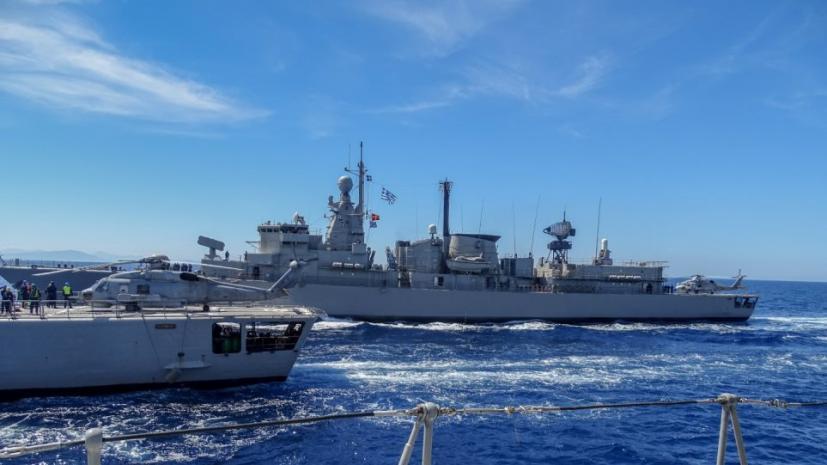 Eντυπωσιακές φωτογραφίες από άσκηση του Πολεμικού Ναυτικού