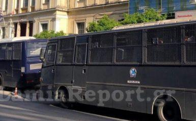 Λαμία: Αστυνομοκρατούμενη πόλη, λόγω Τσίπρα -7 διμοιρίες ΜΑΤ, κλειστοί δρόμοι