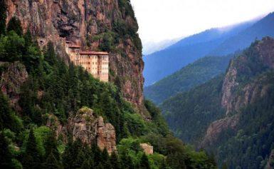 Τούρκος βουλευτής αναζητά τους χαμένους θησαυρούς της Παναγίας Σουμελά στον Πόντο