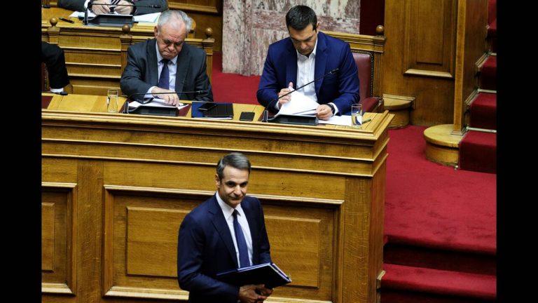 Τα κρυφά μηνύματα των δημοσκοπήσεων που «οδηγούν» Τσίπρα – Μητσοτάκη