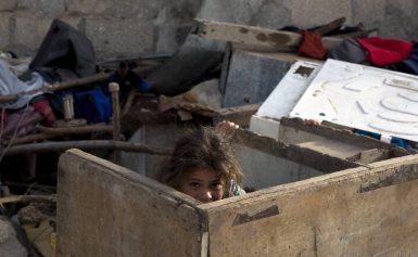 Βοσνία: Μετανάστες και πρόσφυγες κοιμούνται και πεθαίνουν στο δρόμο