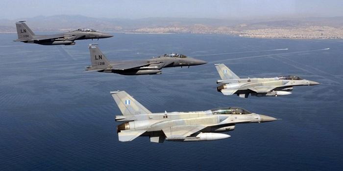 Σιγά μην σεβόντουσαν εθνικές εορτές: Τουρκικά F-16 πέταξαν πάνω από ελληνικά νησιά
