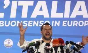 Ματέο Σαλβίνι: Έτοιμος για πόλεμο με την Ευρωζώνη