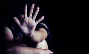 Τον δρόμο για την φυλακή πήρε ο πατριός που κατηγορείται ότι ασελγούσε στην 16χρονη κόρη της συζύγου του
