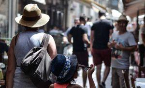 Κλιματιζόμενες αίθουσες ανοίγει ο Δήμος Αθηναίων για τις ευπαθείς ομάδες