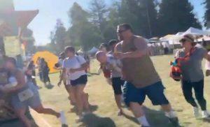 Τέσσερα θύματα σε μακελειό σε φεστιβάλ τροφίμων στην Καλιφόρνια νεκρός και ο δράστης