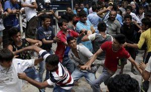 Θεσσαλονίκη όπως… Βαγδάτη: Νέες συμπλοκές – Τσιγγάνοι και αλλοδαποί αλληλοσκοτώνονται στους δρόμους (φώτο)