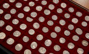 Αρχαία ελληνικά νομίσματα από την Τουρκία στη Γερμανία, με… λεωφορείο…