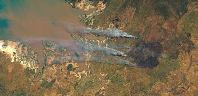 Ανεξέλεγκτες οι φωτιές στην Σιβηρία – Τον στρατό στέλνει ο Πούτιν (vids)
