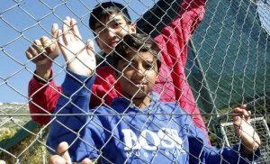 Έσπασαν κάθε ρεκόρ οι μετανάστες και οι πρόσφυγες στα ελληνικά νησιά (pics)