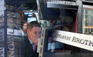 Κρίση τύπου Lehman Brothers βλέπουν Τράπεζες και Οίκοι