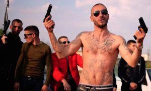 Απίστευτο! Αλβανοί κακοποιοί οργανώνουν και πωλούν… εγκλήματα μέσω facebook