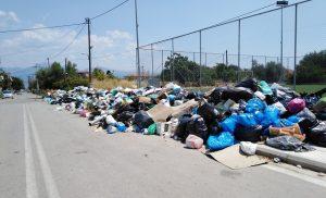 ΚΑΤΑΓΓΕΛΙΑ: Ένας απέραντος σκουπιδότοπος το Αίγιο εν μέσω τουριστικής περιόδου [ΕΙΚΟΝΕΣ]