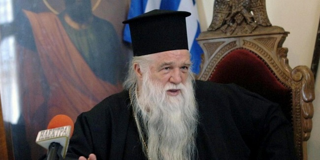 «Για εσάς έγινα ολοκαύτωμα» είπε ο Αβρόσιος στην αποχαιρετιστήρια Θεία Λειτουργία ως Μητροπολίτης!