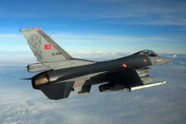 Προκαλούν οι Τούρκοι: 55 παραβιάσεις και 19 εμπλοκές πάνω από το Αιγαίο!